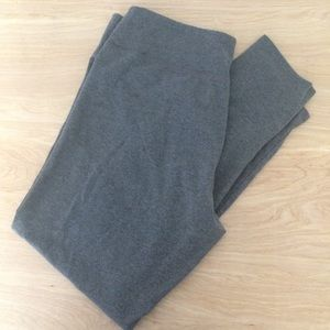 Aerie Chill Play Move Grey Yoga Pants - Size XL